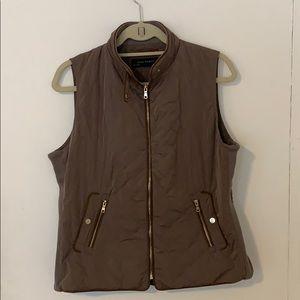 Zara Olive Green Puffer Vest